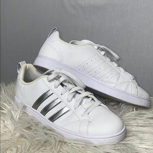 Adidas sz women's 7 white leather silver strp shoe